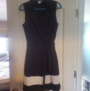 WHBM black and white sleveless dress size 12.